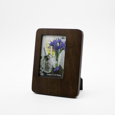 """Rosewood Frame holds a 4""""x 6"""" photo"""
